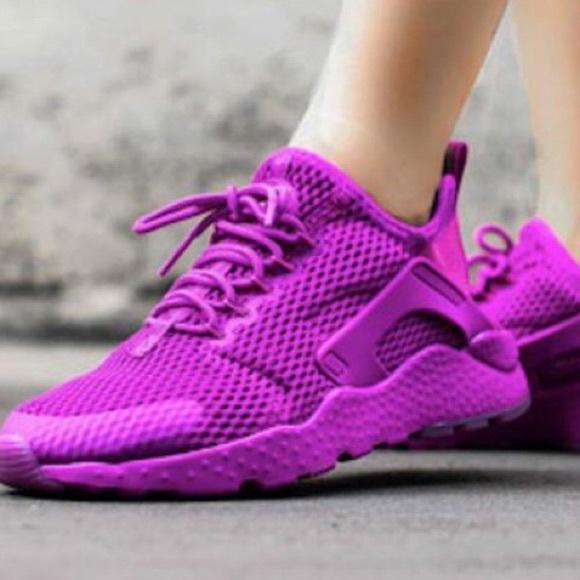 66df41d37870f Purple Nike Huaraches. M 5ac7e63f2ab8c5f7e8c65296